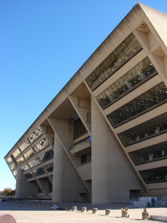 06 - City Hall-2