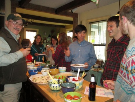 Profs. Bruce Selleck and Martin Wong share some laughs with Josh Lasker and Josh Solomon, while in the background Shannon Dillon, Mik Redovian, Avalon Bunge, and Sarah Katz talk with Prof. Rich April